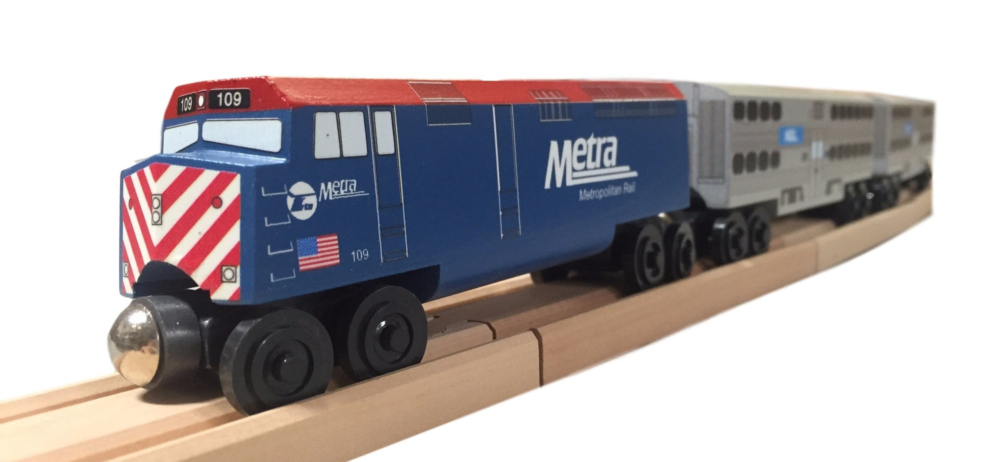 Whittle Shortline Railroad Metra F-40 Diesel Engine Wooden Toy Train with other Metra Passenger Cars