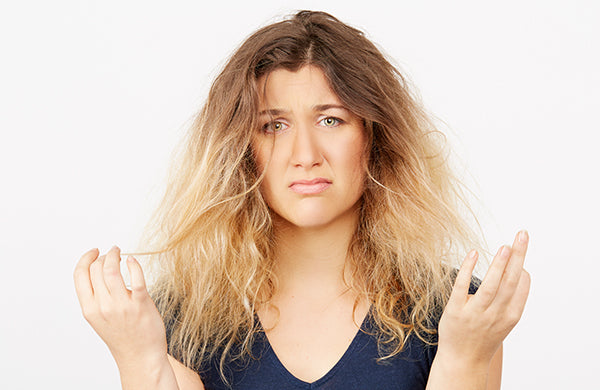 7 DIY Homemade Remedies for Frizzy Hair