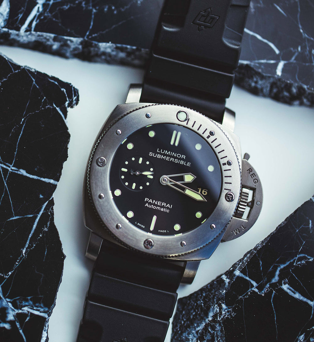 What Is A Dive Watch? | Crown & Caliber