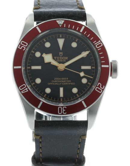 Tudor Heritage Black Bay Red 79230R-002