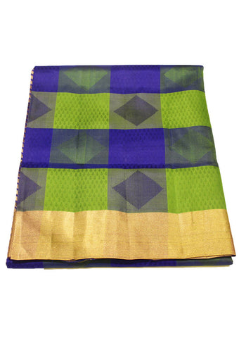 Checked Light weight Kanjeepuram Silk Saree