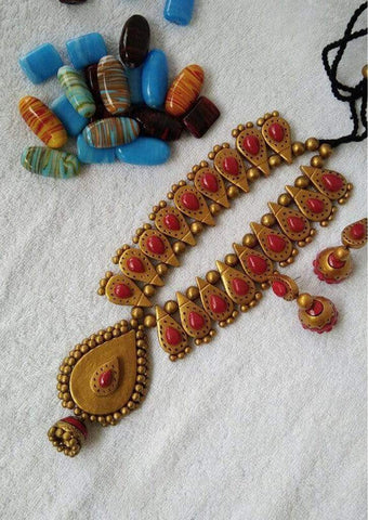 Customized Terracotta  Jewellery Golden and Red Color ARRS Silks