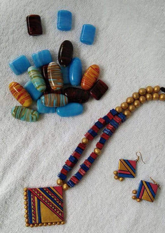 Customized Terracotta Traditional Jewellery ARRS Silks