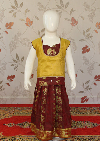 Sandal with maroon Art Silk Pavadai