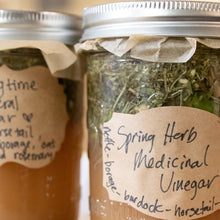 Medicinal Vinegars & Shrubs!