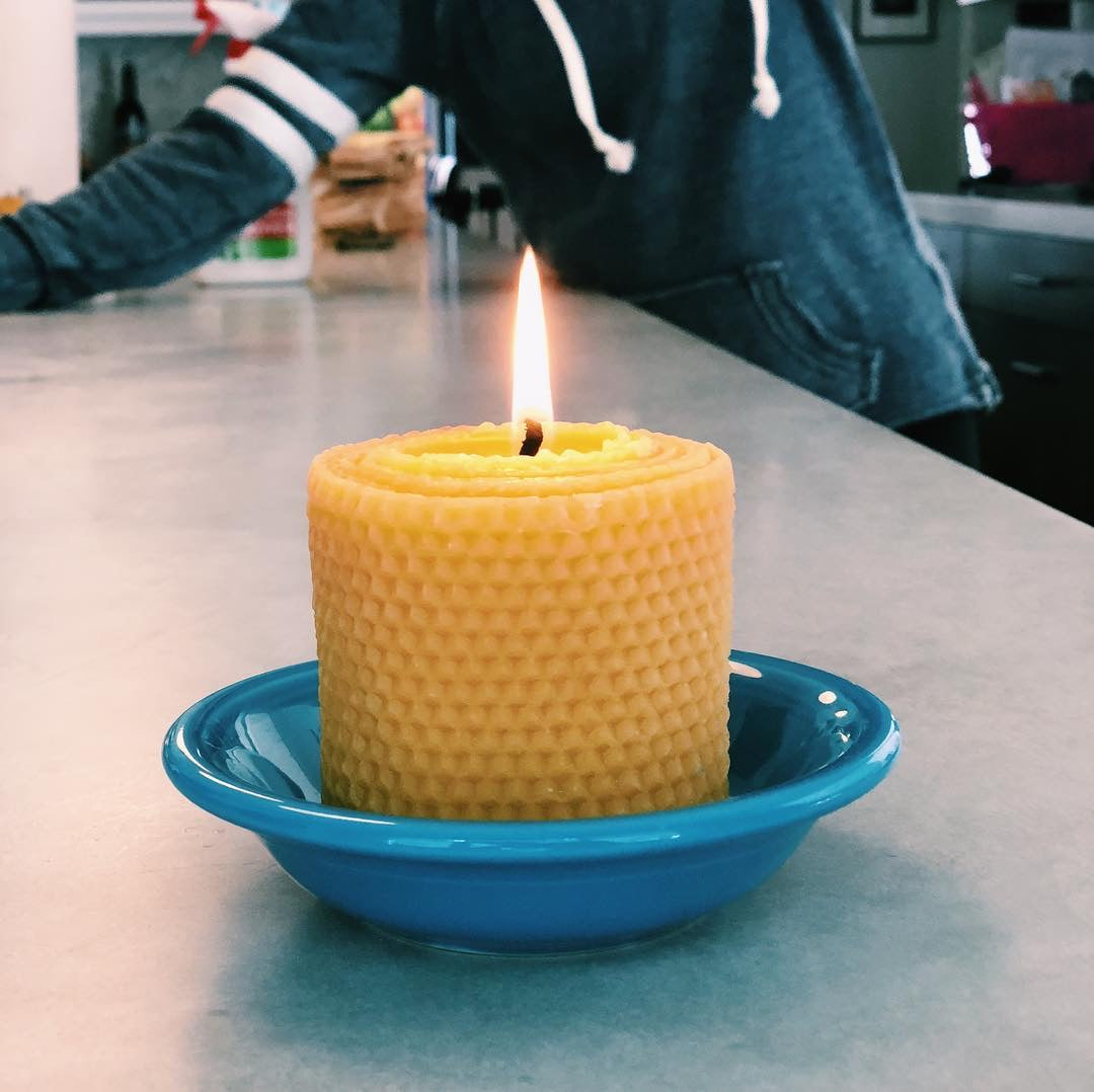 pure bee's wax candle