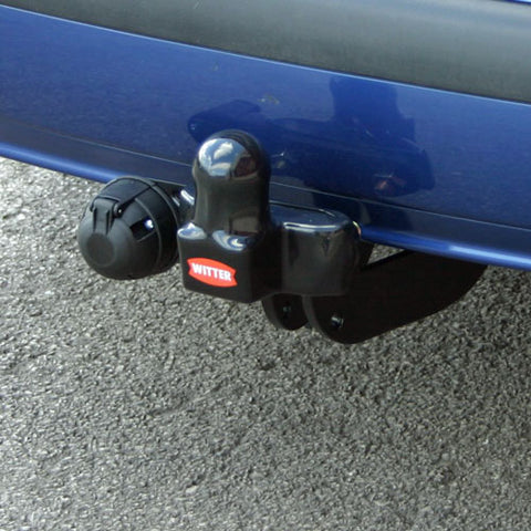Citroen C4 Picasso/SpaceTourer, Grand 2006 - 2011. Witter Fixed Flange Towbar (two hole faceplate)