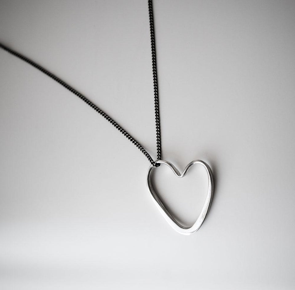 Marla Studio - Open Heart Necklace