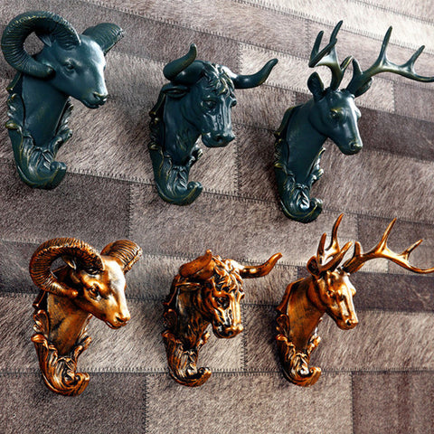 Rustic-Style Animals Wall Hook Decor