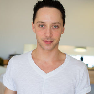 Johnny Weir Visit Onsen Lab