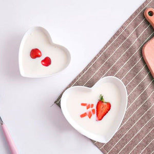 1PC Cute Heart Small Saucer