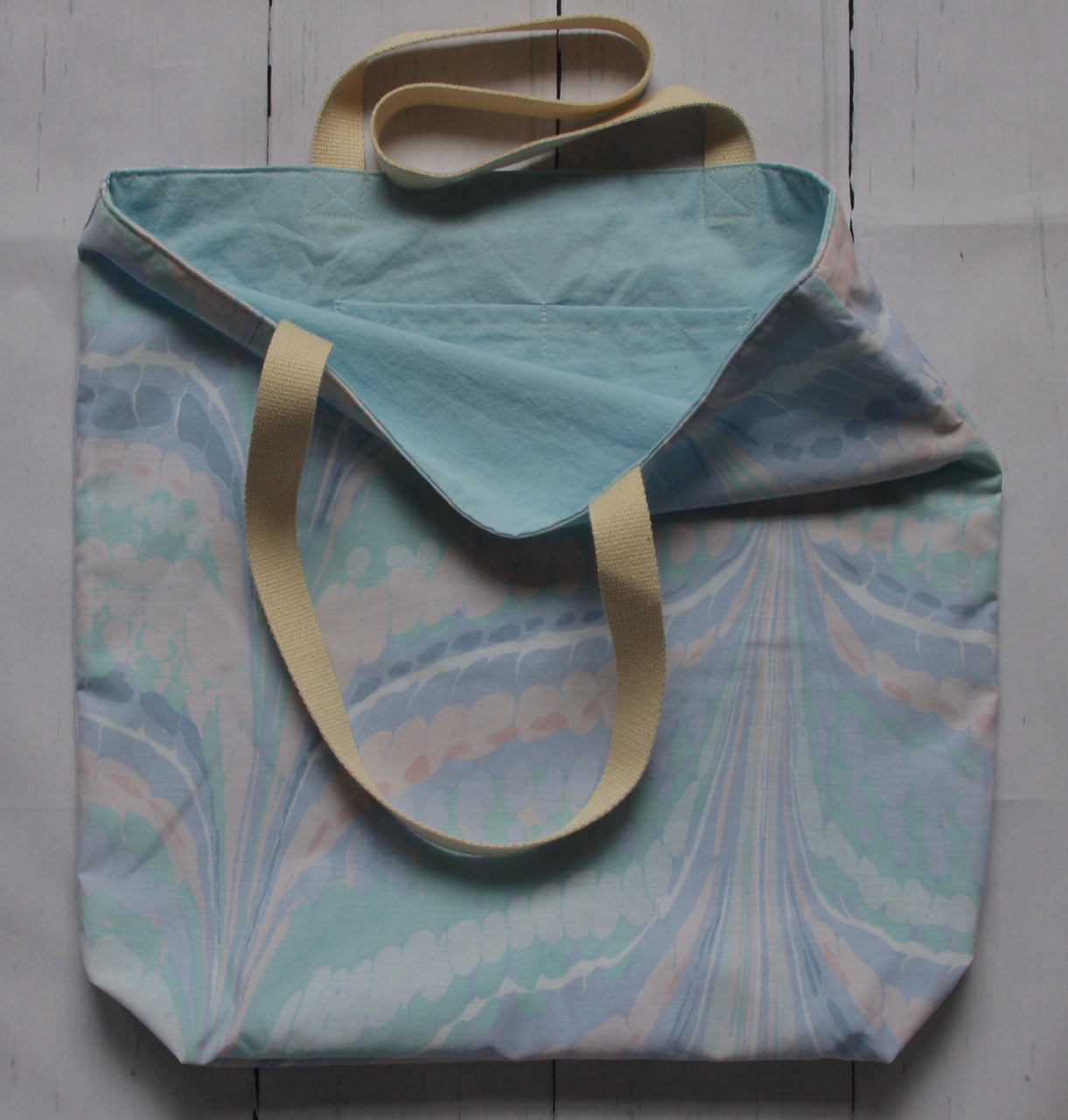 pastel-marble-effect-hilary-hope-tote-bag-exterior-glimpse-of-interior