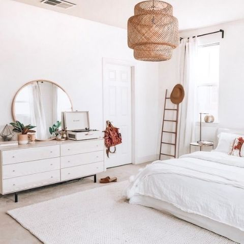 5 Tips For Using Mirrors In Bedroom Interior Design Mirror City