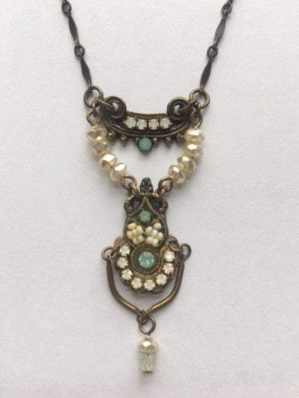 Raja Necklace
