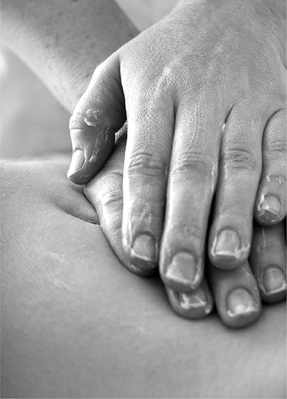 Aromatherapy Holistic Body Massage
