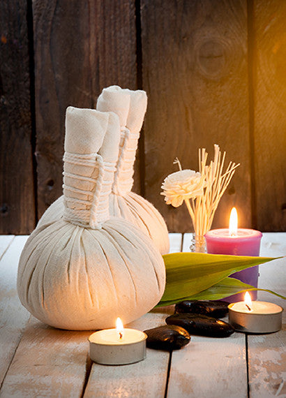 Thai Herbal Ball Compress Massage