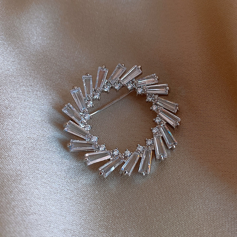 Baguette Wreath Diamond Brooch