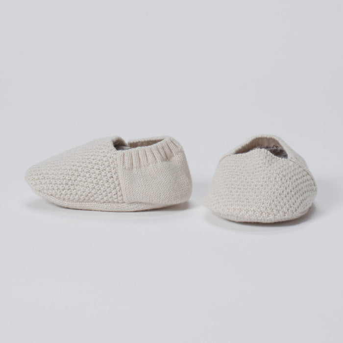 Seed Stitch Newborn Booties