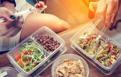 Does Your Diet Always Go By The Wayside By Dinner? Follow These 5 Strategies To End The Madness