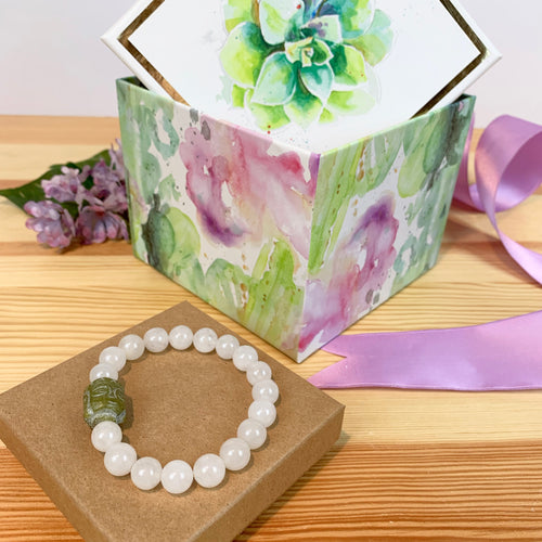 White Jade and Agate Bracelet