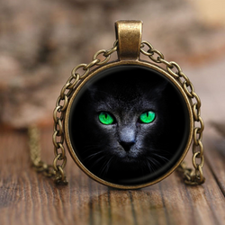 Black Green Eye Cat Necklace