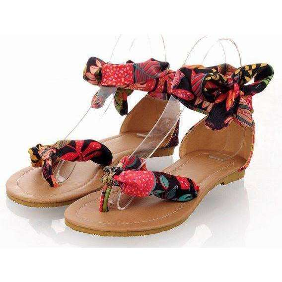Flower Hippie Feet -  Free People - Bohochic - Music Festival