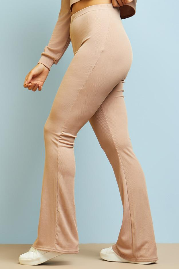 high-waisted-ribbed-flared-trousers view 3