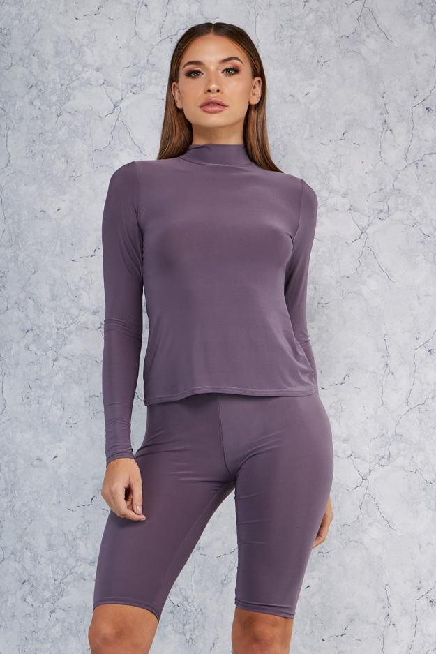 turtle-neck-long-sleeve-top