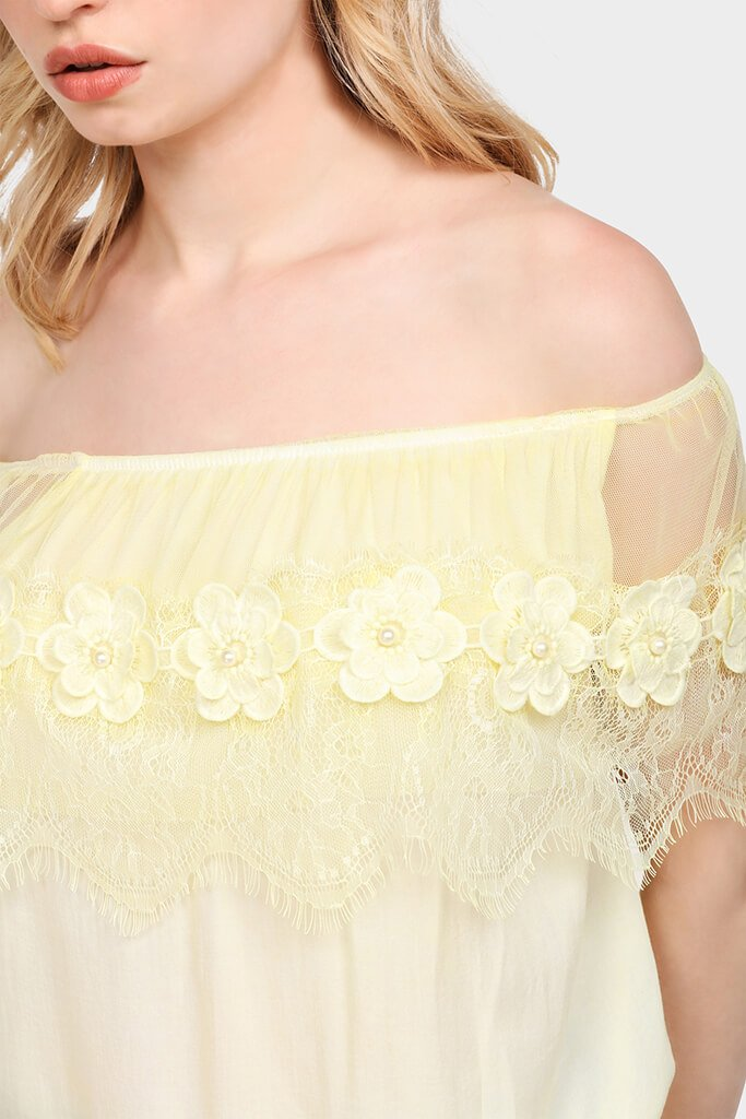 daisy-lace-off-shoulder-top-