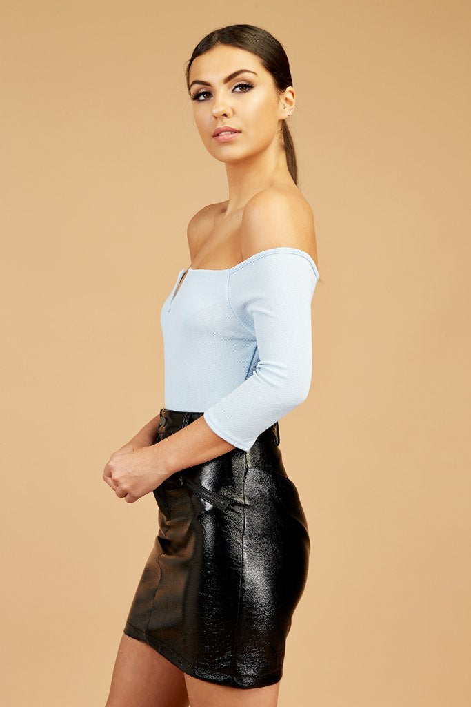 off-shoulder-v-bar-bodysuit