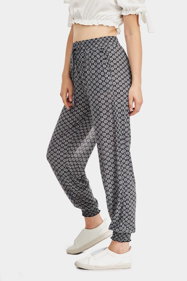 tile-print-cuffed-joggers- view 5
