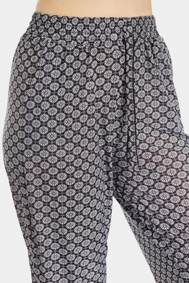 tile-print-cuffed-joggers- view 3