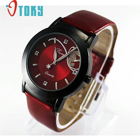 Design montres novel Fashion Girl Women Luxury Diamond Pretty Quartz Wrist Watch Red