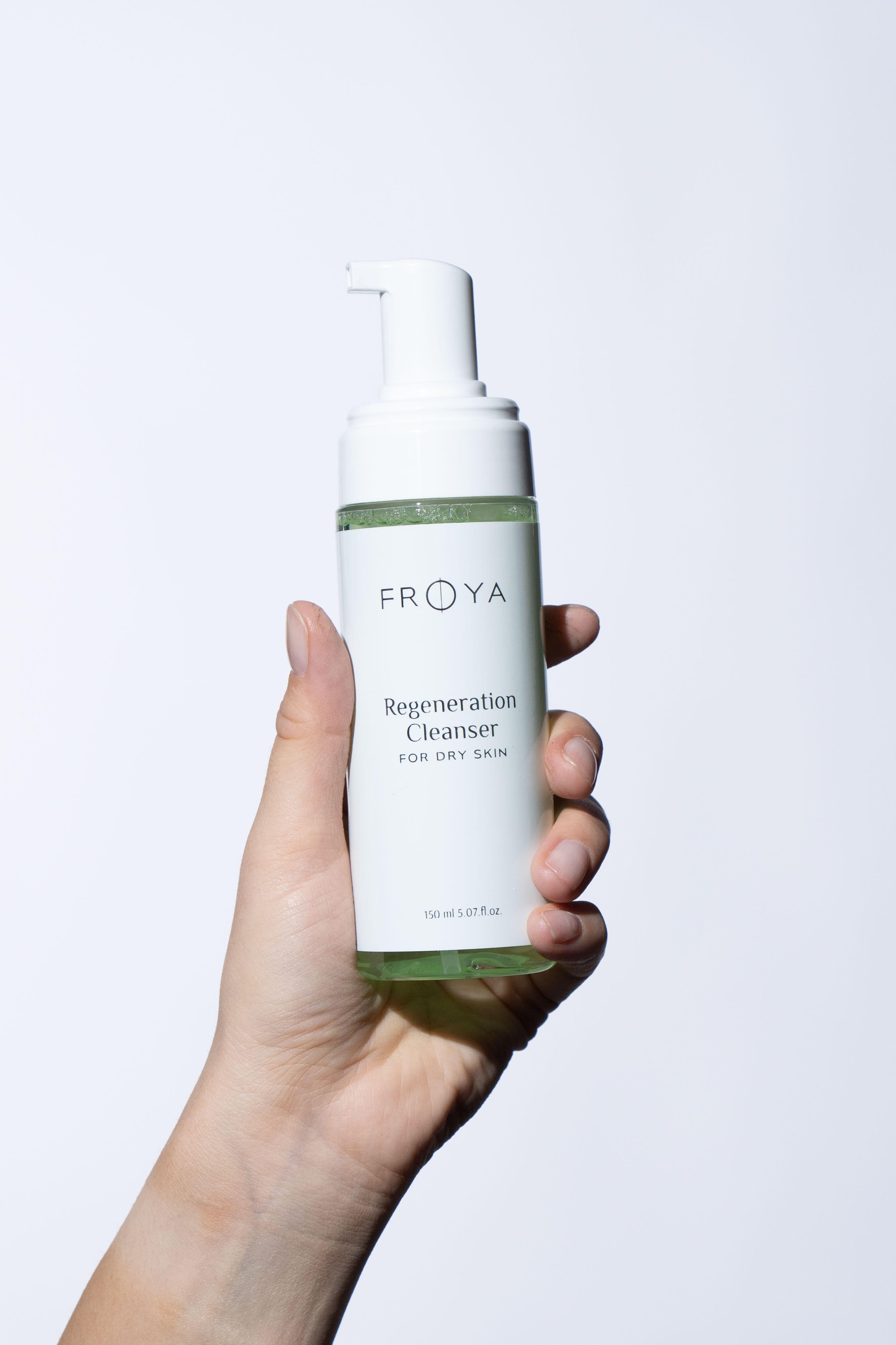 Frøya Cleanser For Dry Skin - Regeneration Cleanser