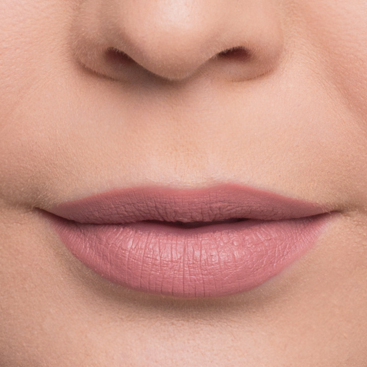 Frøya Liquid Lipstick Julie Arbrahamsen - Nude Collection