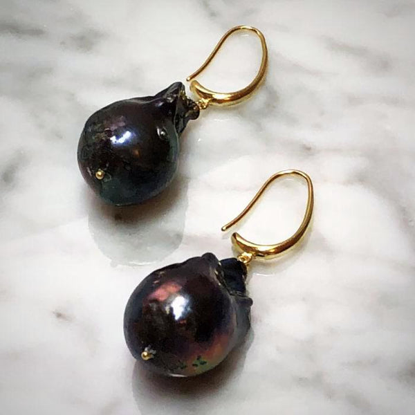 Black Baroque Pearls Earrings