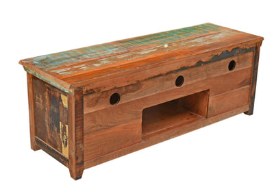 reclaimed wood furniture, recycled wood furniture designs