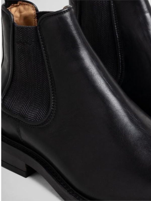 GANT Black Leather Chelsea Boot