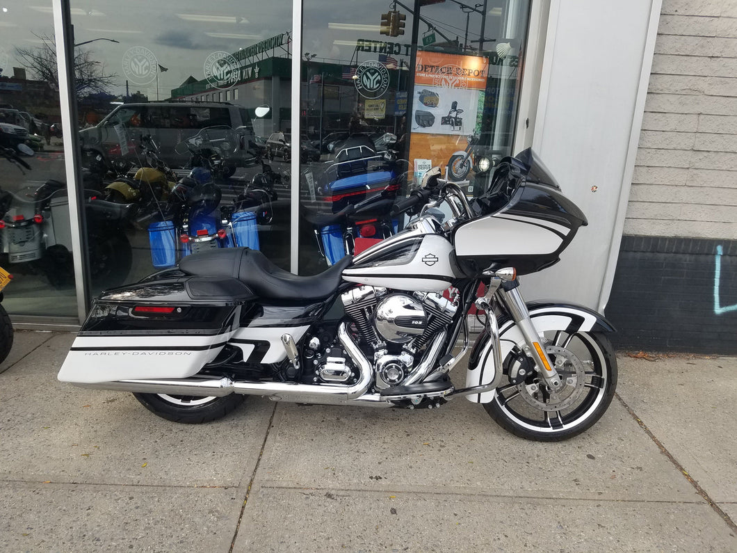2016 PRE- OWNED  HARLEY- DAVIDSON FLTRXS ROADGLIDE SPECIAL