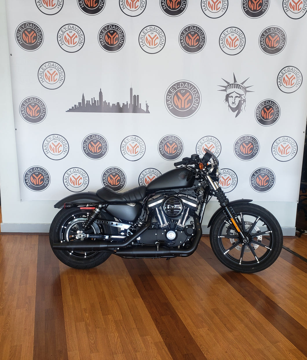 2020  PRE- OWNED HARLEY- DAVIDSON  IRON 883