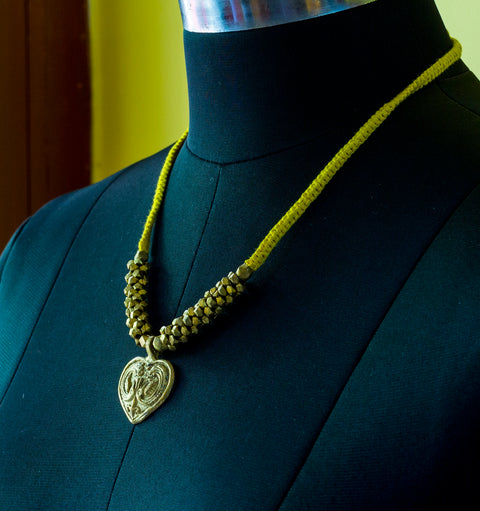 DOKRA TRIBAL YELLOW PENDANT NECKLACE- BRASS