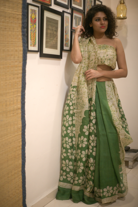 Abstract Wax Batik Silk Saree- White and Green