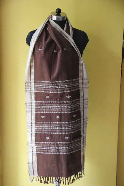 KOTPAD ORGANIC COTTON STOLE- COFFEE WITH DIAMOND PATTERN