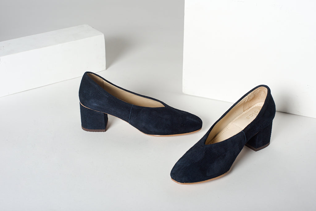 Blue Suede Leather Pointed Pumps