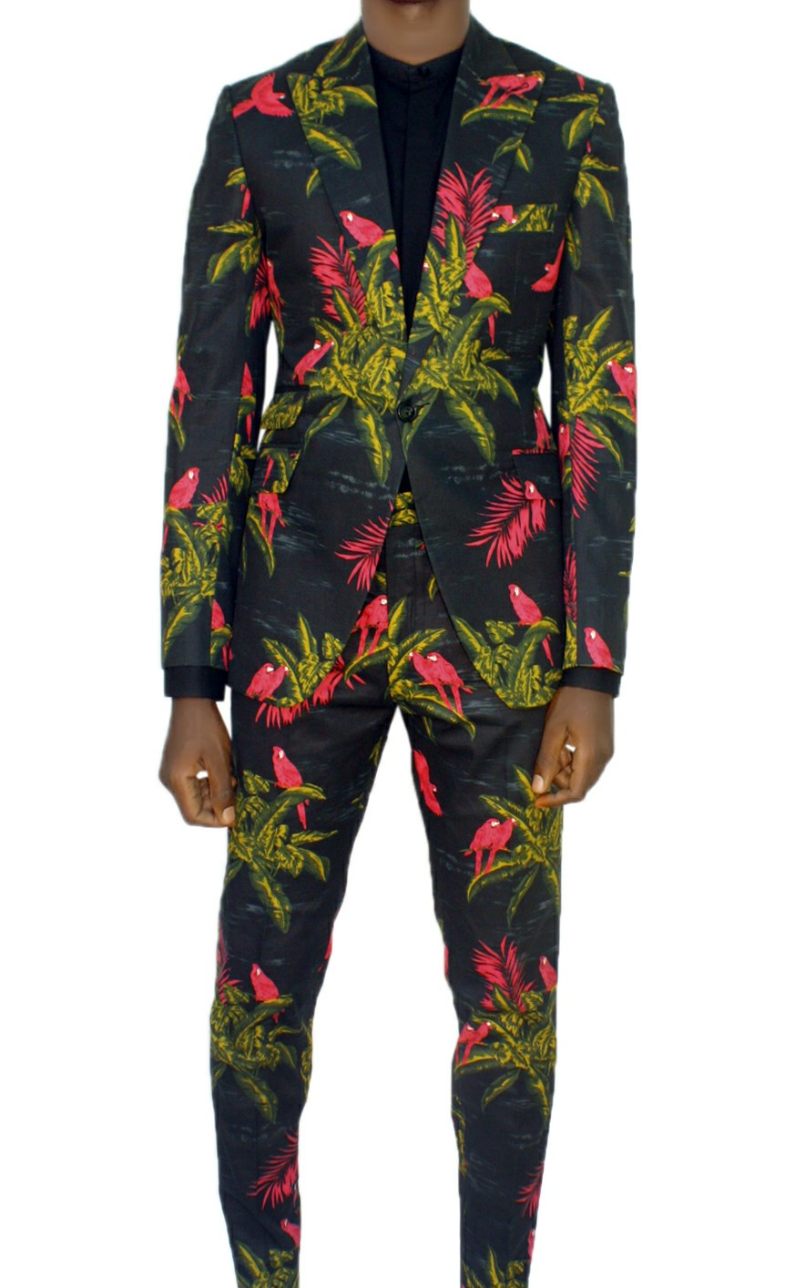 Kamsi TCharles LLAG men suit