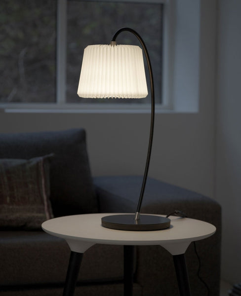 Le Klint 320 Table lamp