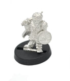 Halfling Soldier with Glasses, 21mm