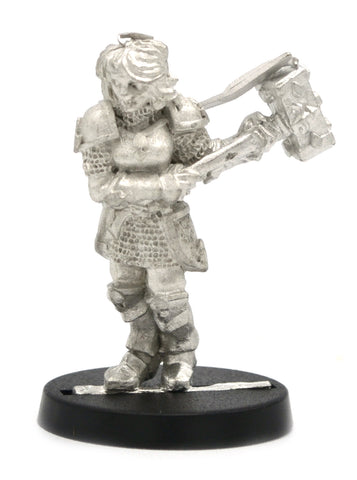 Human Paladin Female, 34mm