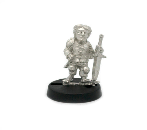 Halfling Fighter Male, 20mm