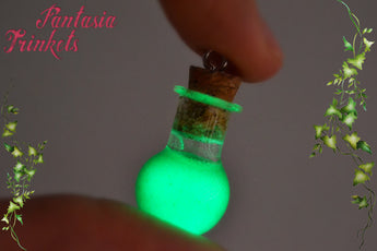 Glow in the Dark Wildfire Potion Glass Bottle Charm Pendant Necklace - Game of Thrones Jewelry